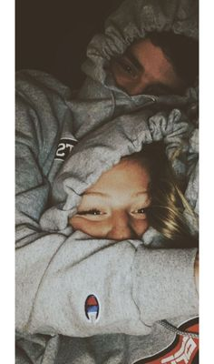 110 Perfect And Sweet Couple Goals You Want To Have With Your Partner - Chic Hostess Cute Couples Photos, Cute Couple Pictures, Cute Couples Goals, Love Pics, Cute Boyfriend Pictures, Adorable Couples, Sweet Couples, Life Pictures, Beautiful Pictures