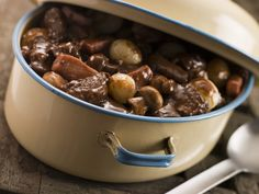 Nigel Brown's slow cooked beef bourguignon recipe is perfect for a chilly winter's day Crock Pot Recipes, Beef Recipes, Cooking Recipes, Beef Bourguignon, Atkins Recipes, Low Carb Recipes, Beef Burgundy Recipe, Greek Dinners, Steak And Mushrooms