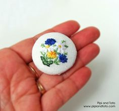 Summer Floral Brooch. Bouquet Embroidered Pin by Pipi and Toto