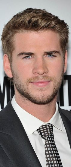 11b45d4ebb7 Liam Hemsworth is better than Ryan Gosling and if I ever meet Liam I will  ask him to marry me