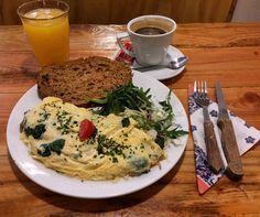 Brunch à Omelegg l'un des meilleurs spots d'Amsterdam pour un petit-déjeuner végétarien !  #voyage  #travel  #amsterdam  #brunch  #breakfast  #eggs  #veggie by chris_voyage #travel
