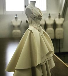 "Rob Curry on Instagram: ""Now she has a top. #gown #halfscale #ballgown #fashion #fashiondesign #dressmaker #toile #process #muslin #sewing #moulage #draping #draped…"""
