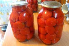 Такие пряные помидоры придутся по вкусу всем любителям корицы, они получаются очень душистыми и ароматными. Понадобится: 5 кг помидоров, 10 листов лавровых, 1/2 ч. л. молотой корицы, для рассола на 1 ...