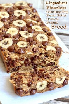 Flourless Chocolate Chip Bananenbrot - Best Picture For Keto Snacks for be Oatmeal Banana Bread, Chocolate Chip Banana Bread, Chocolate Chips, Dove Chocolate, Baked Oatmeal Cups, Chocolate Cake, Banana Oat Cookies, Baked Oatmeal Recipes, Banana Bread Brownies