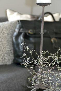 LÆKKER rejsetaske fra Tine K. Desværre viser det sig efterfølgende, at jeg ikke kan tage den med til Wisconsin, fordi den er for S T O R. Hvorfor i alverden kalder man det så en rejsetaske :-)