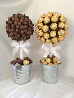 Rocher & Mixed Chocolate Trees x Chocolate Tree, Chocolate Bouquet, Chocolate Gifts, Gift Bouquet, Candy Bouquet, Birthday Candy, Diy Birthday, Ferrero Rocher Bouquet, Brunch Cake