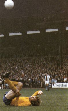1st May 1971. Everton and England full back Keith Newton in that difficult second season, against Crystal Palace.