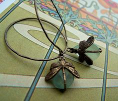 Chalcedone dragonfly Drops by 1ofmykind, via Flickr