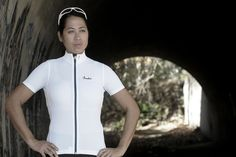 Isadore - Woolight Jersey Bright White Women - Hot summer riding cycling jersey #cyclingmemories