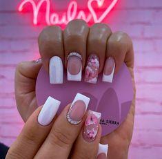 Mani Pedi, Manicure And Pedicure, Birthday Nails, Nail Art Designs, Beauty, Long Skirt Outfits, Homemade Beauty Tips, Finger Nails, Mariana