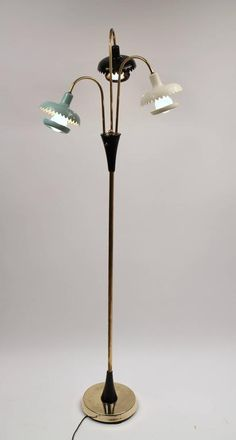 Sculptural Floor Lamp , Mid-Century Modern , 1950s , USA | From a unique collection of antique and modern floor lamps at https://www.1stdibs.com/furniture/lighting/floor-lamps/