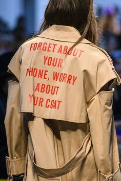 Annakiki at Milan Fashion Week Spring 2018 - Details Runway Photos Fashion Images, Fashion Quotes, Fashion Details, Fashion Advice, Fashion Design, Fashion Websites, Fashion Brands, Fall Fashion Trends, Latest Fashion Trends