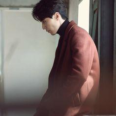 Lee Dong Wok, Dreadlocks Men, Gong Yoo, Lee Jong, Korean Actors, Bad Boys, Handsome, Mens Fashion, Goblin