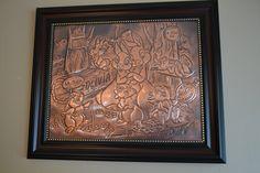 Baby record copper repoussé. Fiche de bébé en cuivre repoussé
