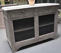 Meuble ancien avec patine bleu moderne blue cabinet for Repeindre un meuble ancien
