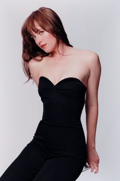 So flawless.❤️❤️❤️ Dakota Johnson New/Old outtakes from the promotional photoshoot of Fifty Shades Of Grey! Dakota Johnson Hair, Dakota Johnson Style, Dakota Mayi Johnson, Fifty Shades Series, Celebs, Celebrities, Jamie Dornan, Your Style, Dj