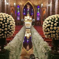 Planning a wedding is a tedious job. Church Wedding Flowers, Aisle Flowers, Church Wedding Decorations, Ceremony Decorations, Wedding Centerpieces, Wedding Set Up, Wedding Stage, Wedding Goals, Wedding Ceremony