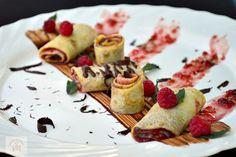 Clatite cu finetti si zmeura - CAIETUL CU RETETE Sushi, Pancakes, Gem, Cheese, Breakfast, Ethnic Recipes, Desserts, Food, Morning Coffee
