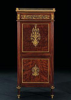 SECRÉTAIRE DE DAME « AUX DRAPERIES » Attribué à Jean-Henri RIESENER (1734-1806)  Reçu Maître Ébéniste en 1768  Paris, époque Louis XVI