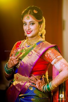 A Typical Kongu Wedding With Oodles Of Charm Indian Bridal Photos, South Indian Wedding Saree, Indian Wedding Poses, Hindu Wedding Photos, Indian Wedding Photography Poses, South Indian Bride, Bride Photography, Indian Bridal Fashion, Desi Wedding Dresses