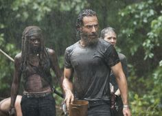 andrew lincoln | The Walking Dead's Andrew Lincoln Thinks Negan Will Appear In Not-Too ...