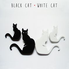 Set of BLACK and WHITE CAT shaped brooches - DARQDESIGN