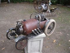"""""""Dog Gone' garden sculpture , made from recycled metal items . Metal Art Projects, Welding Projects, Metal Crafts, Sculpture Metal, Garden Sculpture, Art Sculptures, Metal Earth, Scrap Metal Art, Metal Garden Art"""