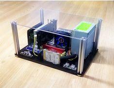 Diy Computer Case, Computer Build, Pc Cases, Pc Installation, Diy Pc, Cool Desktop, Mini Itx, Geek Stuff, Tech