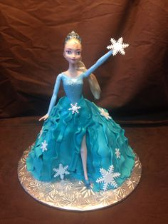 Walking Doll Cake Cupcake Cakes, Cupcakes, Custom Cakes, Elsa, Cinderella, Walking, Dolls, Disney Princess, Personalized Cakes