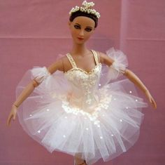 I made this Aurora Rose tutu for a doll belonging to a young Australian ballet student. It took a long time to cut out and hand applique all the lace motifs but was worth it in the end. By Louise Goldsborough/Bird of Angelique Miniatures. Barbie Ballet, Ballerina Doll, Barbie Clothes, Barbie Dolls, Barbie Sewing Patterns, Doll House Crafts, Enchanted Doll, Poppy Parker, Ballet Costumes