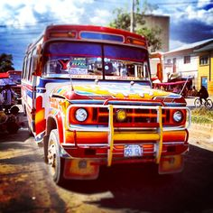 The colorful buses of Bolivia. www.selectlatinamerica.co.uk