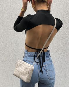 she's on the loose January 05 2020 at fashion-inspo Backless Top, Trendy Outfits, Cute Outfits, Fashion Outfits, Fashion Trends, Fashion Clothes, Fashion Ideas, Summer Outfits, Fashion Hacks