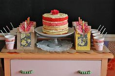 .sweet and simple party display