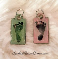 This is so.Precious !!! Baby Foot Print on a charm great idea for any new mom or grandma!
