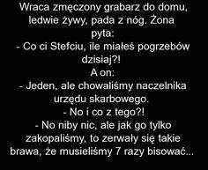 Wraca zmęczony grabarz do domu - Fishki.pl