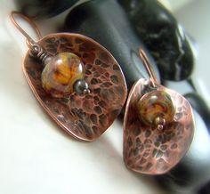 Hammered Copper Lampwork Earrings Handmade by WillowCreekJewelry on Etsy - handmade - jewelry - jewellery - artisans Copper Earrings, Copper Jewelry, Wire Jewelry, Jewelry Crafts, Jewellery Box, Jewellery Market, Jewlery, Tanishq Jewellery, Jewellery Exhibition