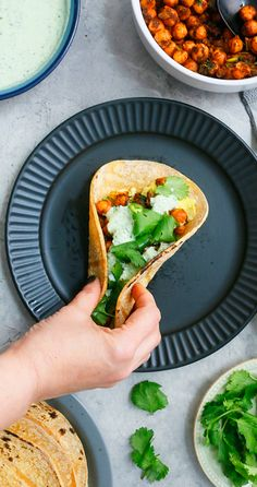 Healthy Taco Recipes, Chickpea Recipes, Fun Easy Recipes, Spicy Recipes, Asian Recipes, Mexican Food Recipes, Dishes Recipes, Keto Recipes, Meatless Recipes