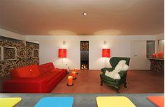 Kaminzimmer #interior #hotel #chalet #alps Floor Chair, Lounge, Couch, Flooring, Alps, Interior, Design, Furniture, Home Decor