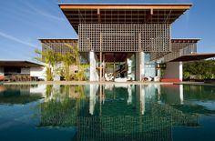Casa no Quinta da Baroneza / Candida Tabet Arquitetura