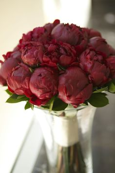 Crimson Peony Bouquet | Photography: Blumenthal Photography #wedding #flowers