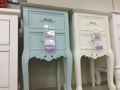 Chest of drawers/bedside tables