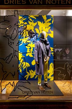 "DRIES VAN NOTEN, ""I found I could say things with color and shapes that I couldn't say any other way......things I had no words for"", pinned by Ton van der Veer"
