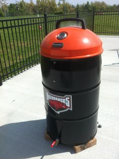 Homemade ugly drum smoker