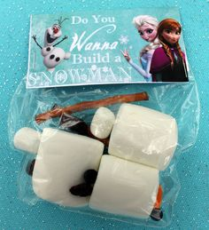 Do you want to build a snowman party activity with marshmallows at a Frozen girl birthday party!