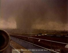 Omaha, NE. May 6, 1975. EF4 tornado. 3 dead. $250 million in damage. Wild Weather, Weather And Climate, Weather Conditions, Tornado Pics, Tornado Pictures, Tornadoes, Thunderstorms, Bad Storms, The Sky Is Falling