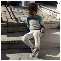 "s t y l i n g & c o n c e p t op Instagram: ""Oh sunny fall days..please come back! #kidsfashion #kidsstylist #kidsstyling #mob_rules #sweaterwheather #fall #knitwear"""