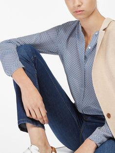 Women´s Shirts & Blouses at Massimo Dutti online. Enter now and view our Spring Summer 2019 Shirts & Blouses collection. Pastel Blue, Blue Tops, Blazer Jacket, Shirt Blouses, Blouses For Women, Dame, Prints, Jackets, Clothes