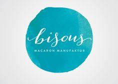 ID e Packaging: Bisous Macaron Manufaktur (trabalho de fim de curso de uma estudante de design) >>> http://amusedbrain.wordpress.com/2013/04/22/id-e-packaging-bisous-macaron-manufaktur/