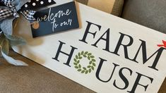 Did you know you can use these transfers on any surface? Wood, chalkboard, glass - even fabric! This time we created a gorgeous sign for our door! Diy Wall Art, Diy Wall Decor, Chalk Crafts, Diy Crafts, Welcome Stencil, Stencils For Wood Signs, Kitchen Decor Signs, Wood Tags, Diy Home Decor Projects