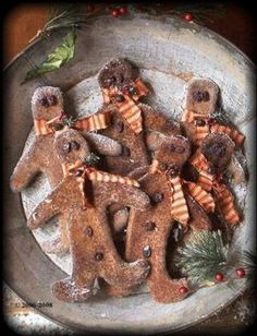 Primitive Grungy Christmas Gingerbread Boy Ornies E-Pattern